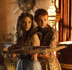 Nathalie Dormer (Margaery) et Jack Gleeson (Joffrey)